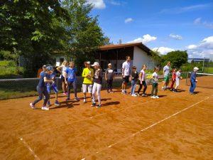 Tennis spielen-2